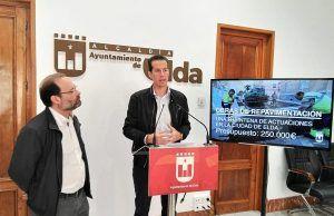 El alcalde de Elda y el concejal de Obras e Inversiones.