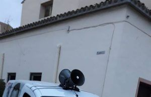 La furgoneta del PSOE sufre un sabotaje en Petrer