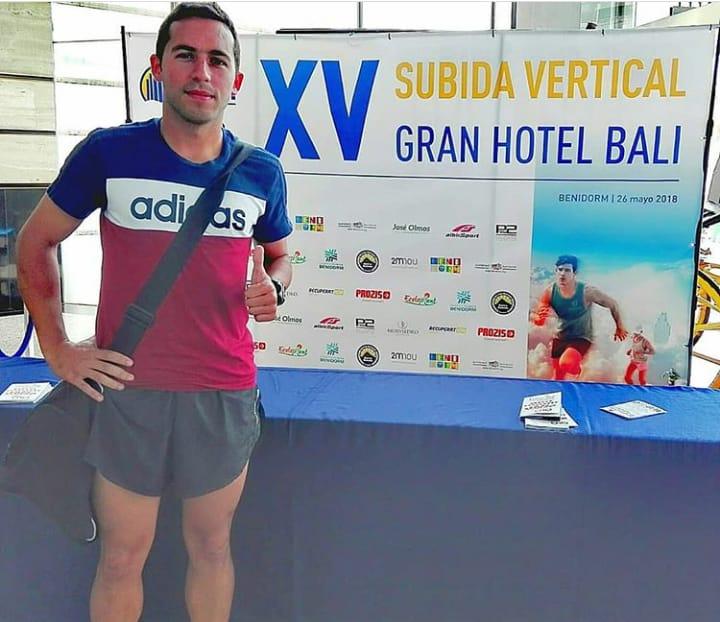 Daniel Osona Subida Vertical Gran Hotel Bali en Benidorm
