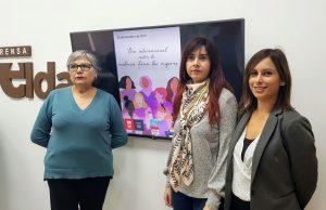 Alba García, concejala de Igualdad y Mujer, junto a Silvia Ibáñez, concejala de Empleo, y María Salud Corbí, de Mujeres Vecinales