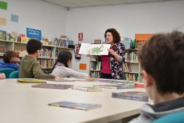 Petrer acerca sus bibliotecas a los más pequeños