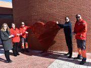 Corazón para recoger tapones a beneficio de Cruz Roja