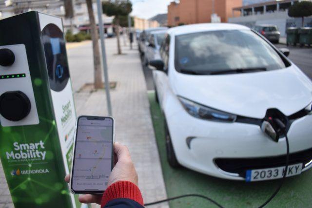 Estaciones de recarga de vehículos eléctricos en Petrer