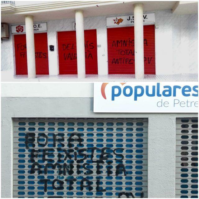 pintadas insultantes aparecidas esta mañana en las sedes locales de PSOE y PP