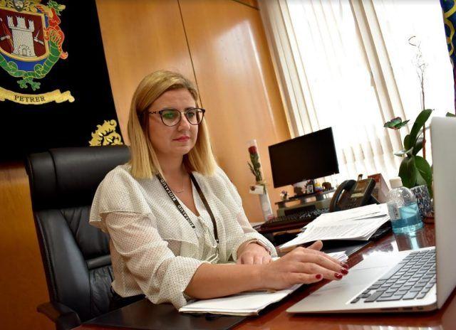 La alcaldesa de Petrer, Irene Navarro
