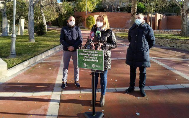 Cámaras de vigilancia en los dos parques municipales y el cementerio de Petrer