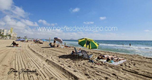 Mascarillas y playas