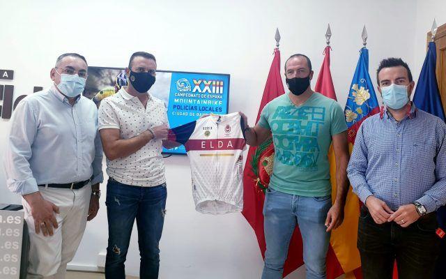 Tres representantes de la Policía Local de Elda se desplazarán a Barbastro para participar en el Campeonato de España de Mountain Bike